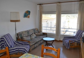 14 Roger de Flor,LLançà,Catalonia 17490,2 Bedrooms Bedrooms,1 BathroomBathrooms,Apartment,Roger de Flor,1007